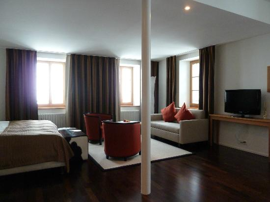 "Hotel Pilatus-Kulm: ""Sky Dragon"" Suite"
