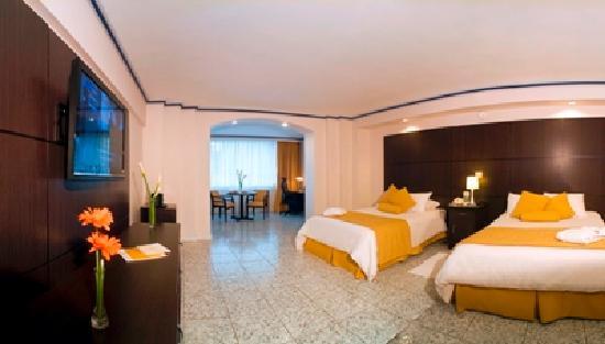 Hotel El Panama: Room