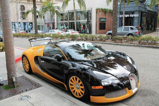 Beverly Hills, CA: la bugatti