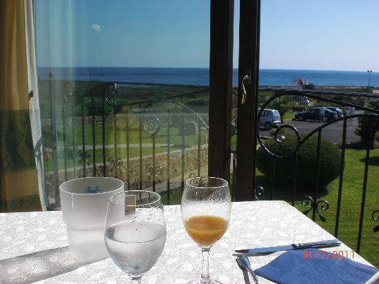 Hotel Costa Caddu: Sala colazione affaccio isola Tavolara