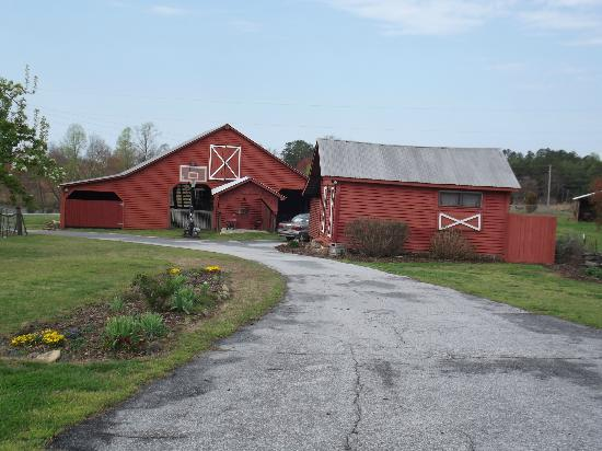 Sunrise Farm Bed and Breakfast: This is the Corn Crib where we stayed