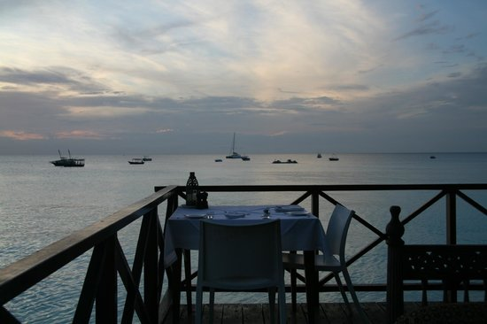 The Z Hotel Zanzibar: Dinner table on our anniversary!