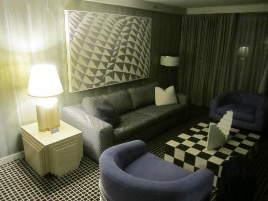 Chamberlain West Hollywood: Sitting area of our suite