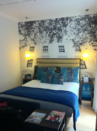 Room at Hotel Indigo London-Paddington