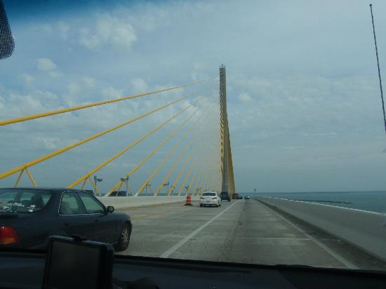 Sunshine Skyway Bridge: Imponente