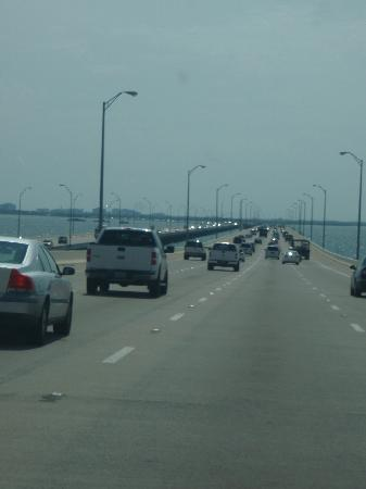 Sunshine Skyway Bridge: Claridad