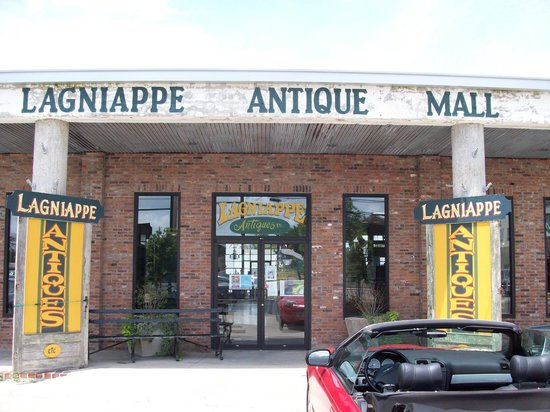 Breaux Bridge, LA: Lagniappe Antiques