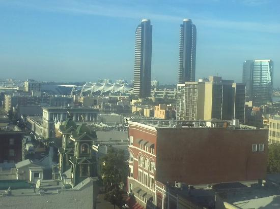 Gaslamp Plaza Suites: View out of 9th floor hotel room