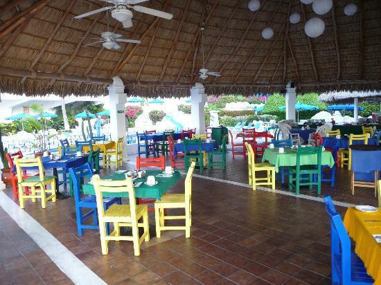 Hotel Dolphin Cove Inn: Dining area (restaurant)