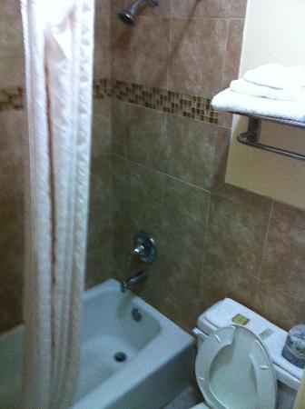 Super 8 Florida City/Homestead: baño