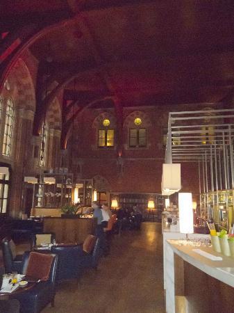 St. Pancras Renaissance Hotel London: Renaissance Hotel St Pancras Bar & Breakfast Room