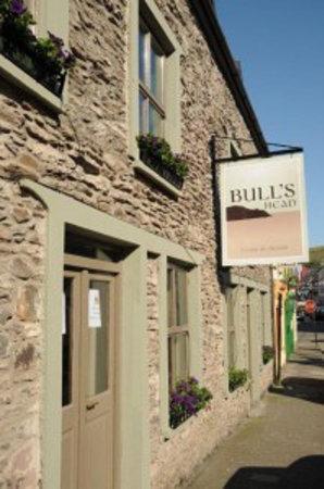 Bull's Head Restaurant from the street