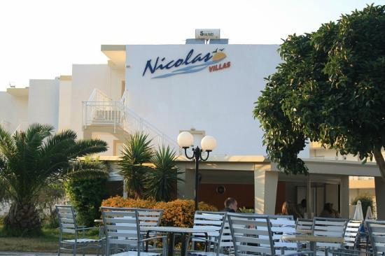 Nicolas Villas : Bar
