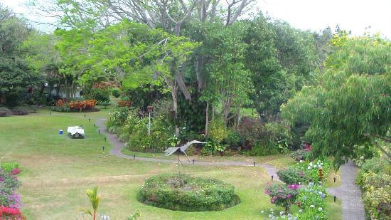Garden walkways abound!