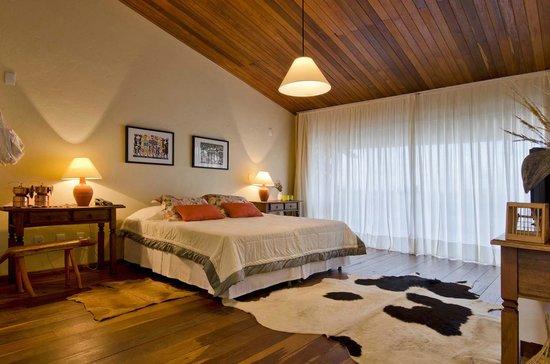 Serra de Sao Bento: suite com vista para a serra