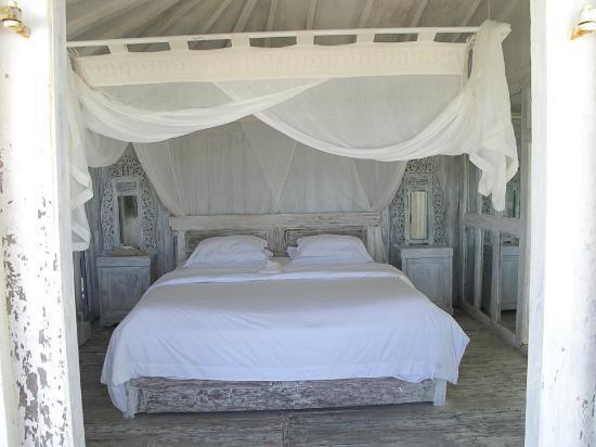 Morabito Art Villa: The beach house
