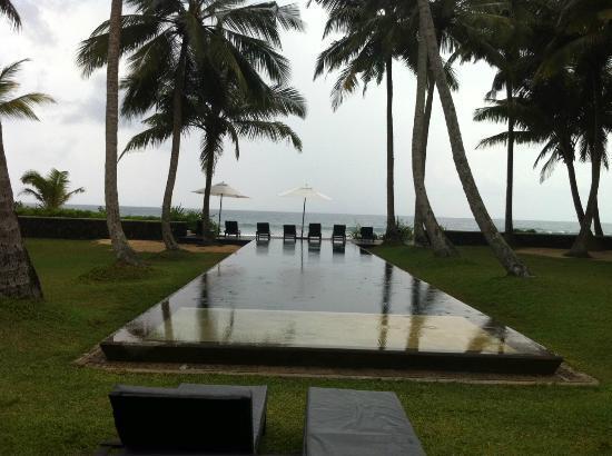 Apa Villa Thalpe : piscina