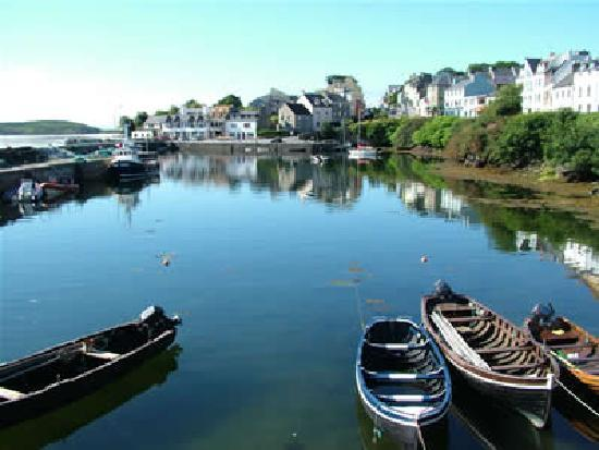 Roundstone, Ireland: Explore our delightful fishing village!