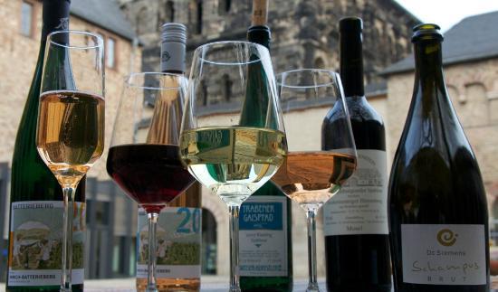 Brunnenhof Cafe & Bar : Mosel wines @Brunnenhof Café & Bar, Trier