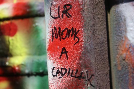 Cadillac Ranch: ANYONE can paint! YAY!