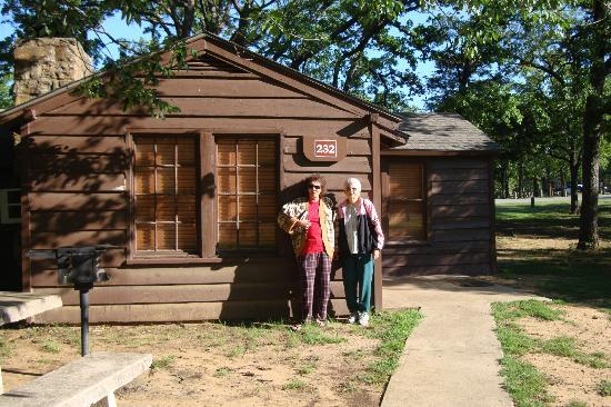 Ardmore, OK: Cabin at Lake Murray