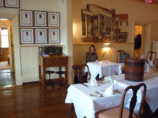 The Little Inn : main dining room
