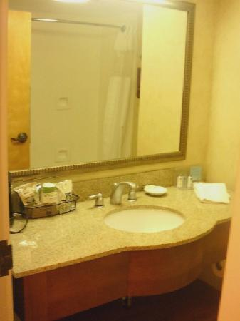 Hampton Inn North Myrtle Beach - Harbourgate : Bath N Myrtle Beach Hampton Inn