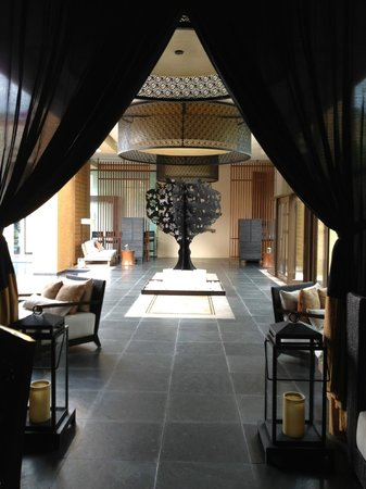 Banyan Tree Mayakoba: A lobby at hotel