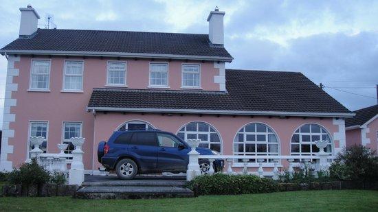 Ballingowan House