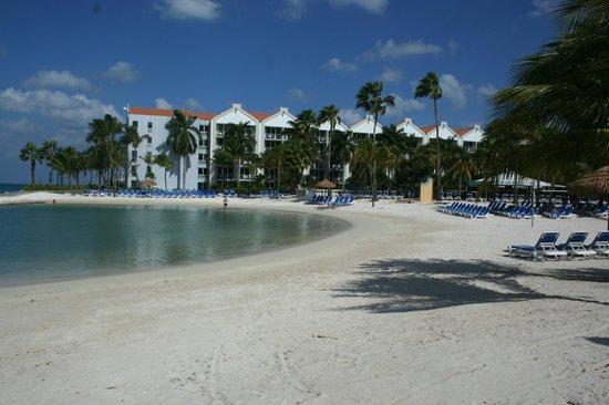 Renaissance Aruba Resort & Casino: View of the resort