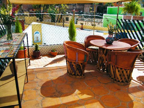 Al Son de los Santos: Hostel Terrace