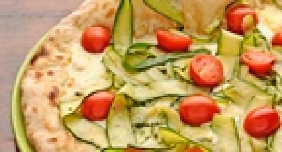 Massimo's: Tricolore pizza
