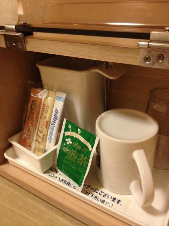 Hotel Crown Hills Kokura: 部屋のコーヒー等