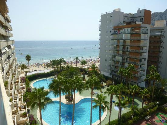 Apartamentos Turmalina Unitursa : Vista de la playa desde el apartamento 47B