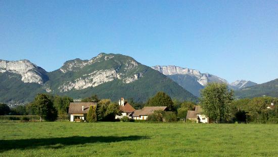 Saint-Jorioz, Frankrike: Вид на горы из Сен-Жорио