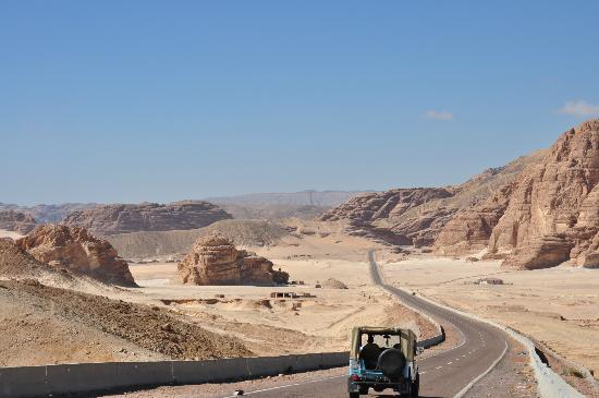Ghazala Hotel: going through the mountains to get to Dahab from Cairo