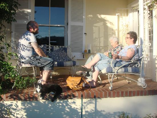The Garden House: Sundowner on the terrace