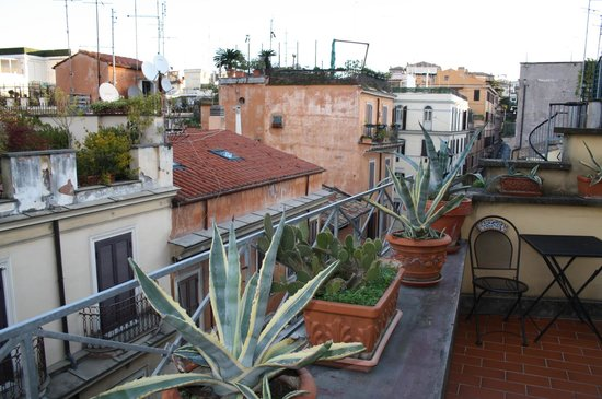 Fellini Inn Rome: View from balcony