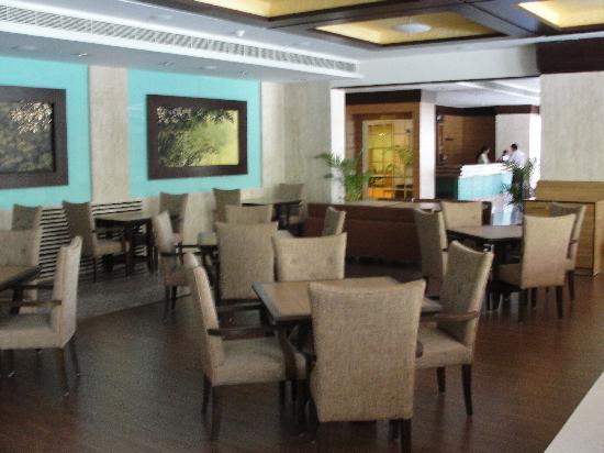 Cambay Grand Ahmedabad: Restaurant
