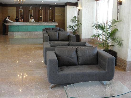 Cambay Grand Ahmedabad: reception