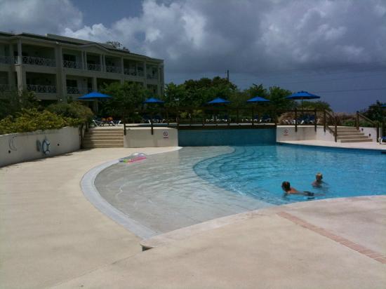 Beach View: pool