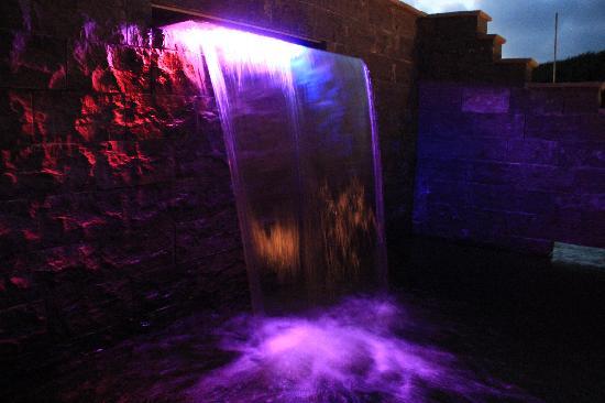Suiten-Hotel mare: Wasserfall