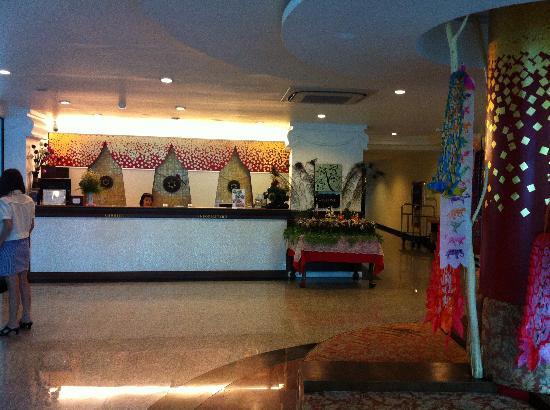 WangBurapa Grand Hotel: Front