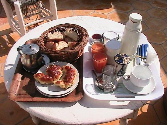Riad Lunetoile: Breakfast on the terrace