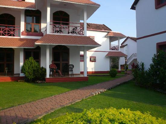 Nanu Resort Goa: Our ground floor room