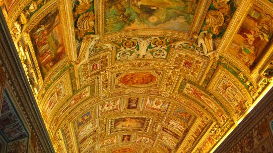Vatican Guided Tours: Ornate Gold Ceiling On The Way To The Sistine Chapel