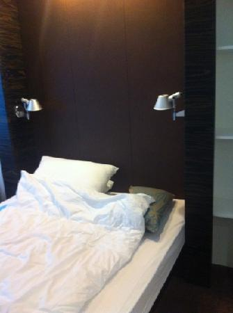 Motel One Saarbrucken : single room