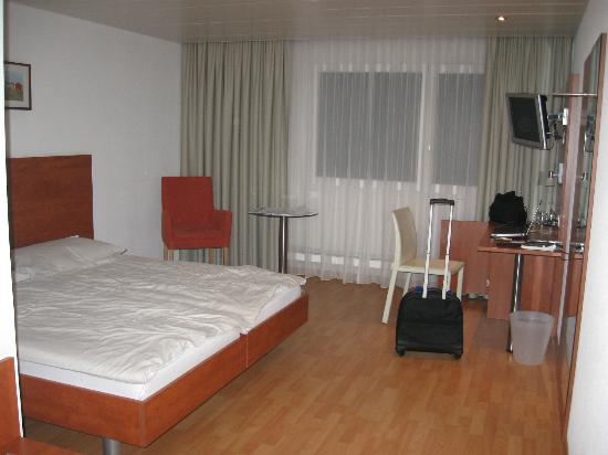 Sorell Hotel Aarauerhof: Not bad but rather sparse accomodations