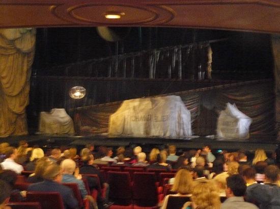 Phantom of The Opera London: inside the theatre, before the performance began