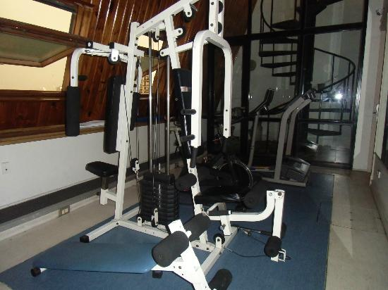 Amerian Buenos Aires Park Hotel: Worn down and dangerous work out machine!